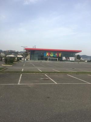 esterno-locali-albania4.jpg